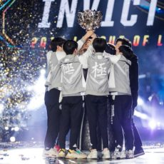 League-of-Legends-Worlds-2018-Invictus-Gaming